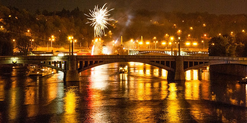 Fireworks over Vltava river. Photo by Mstyslav Chernov/Wikimedia Commons