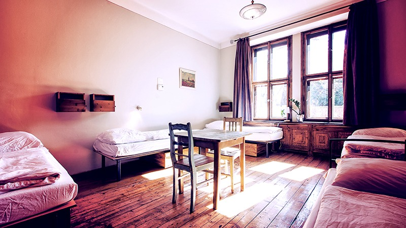 sir tobys hostel prague 5 to 6 bed mixed dormitory
