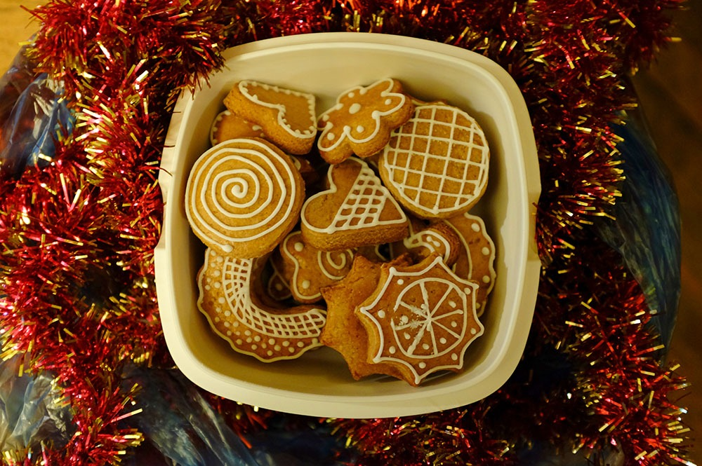 sir tobys hostel prague christmas cookies