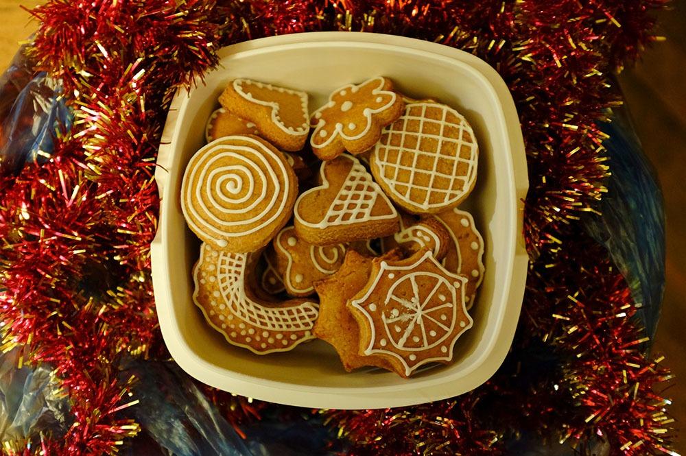sir tobys hostel prague christmas cookies