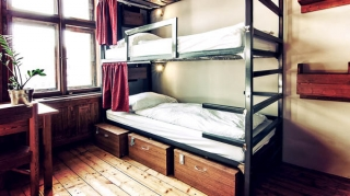 12 bed female dorm