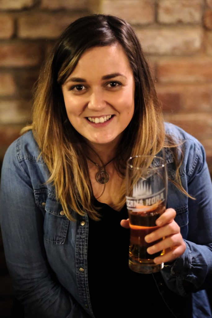Aisling likes to share a beer and a story - not only, but also on St. Patrick's Day.