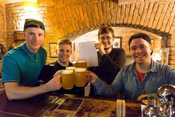 sir tobys hostel prague beer tour