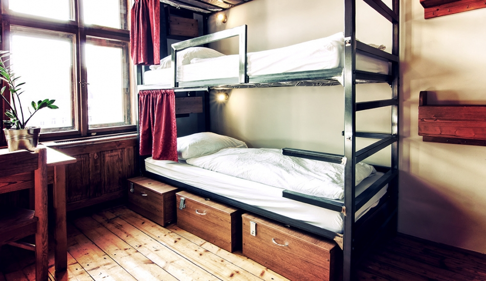 Accommodation in large dorms